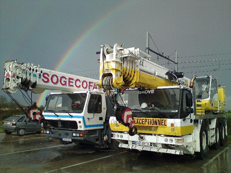 Les grues de SOGECOFA (Groupe MEDIACO) (France) - Page 5 Regenboog